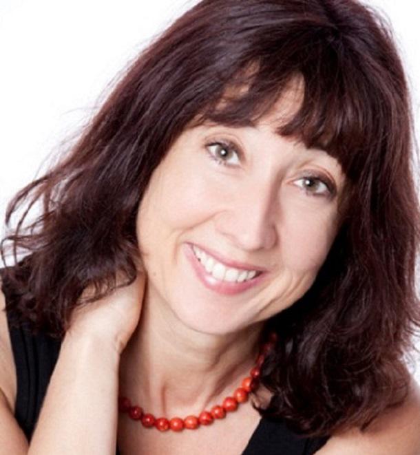 Dr. Elke Bohnaker