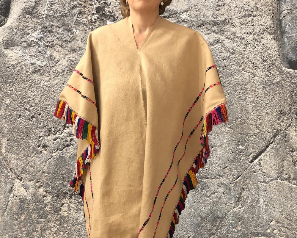 Poncho aus Alpakawolle